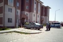 Apartmanın 4'Üncü Katından Düşen Çocuk Yaralandı