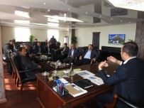 Başkan Bedirhanoğlu Mahalle Muhtarlarıyla Bir Araya Geldi