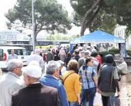 ÖZLEM ÇERÇIOĞLU - Büyükşehir Belediyesi Miraç Kandili İçin Hayır Dağıttı