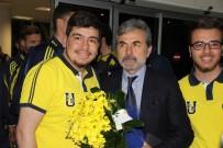 ALI PALABıYıK - Fenerbahçe'ye Sivas'ta Coşkulu Karşılama