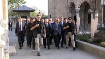 MEVLANA MÜZESİ - Kılıçdaroğlu, Mevlana Müzesi'ni Ziyaret Etti