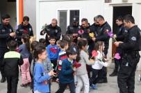 POLİS KARAKOLU - Kreş Öğrencileri Polis Amcalarını Unutmadı