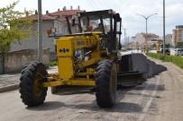 Şuhut'ta Yol Çalışmaları Hızla İlerliyor