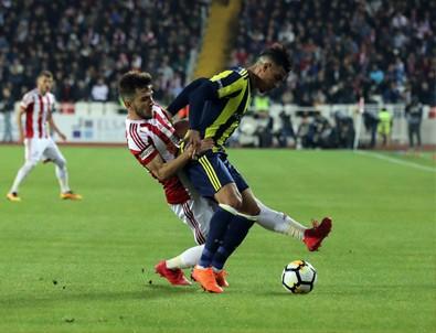 Demir Grup Sivasspor 1 - 2 Fenerbahçe