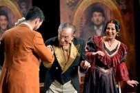 ALI POYRAZOĞLU - Karşıyaka'da 20 Bin Kişiye Tiyatro Şöleni