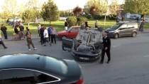 MUHAMMED İKBAL - Kaza Anı Güvenlik Kamerasına Yansıdı