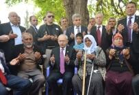 SÖZLEŞMELİ ER - Kılıçdaroğlu Şehit Ailelerini Ziyaret Etti