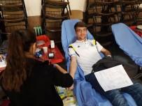 Kırkağaçlılardan Rekor Kan Bağışı