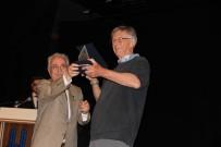 BİLİM ADAMI - Nobel Ödüllü Bilim Adamı Tim Hunt, Öğrencilerle Tecrübelerini Paylaştı