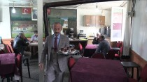 GÖKÇELI - Takım Elbiseyle Çay Servisi Yapıyor