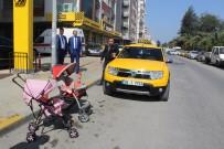 BEBEK ARABASI - Taksilerde Unutulanlar Şaşırtıyor Açıklaması Bebek Arabası, Köpek...