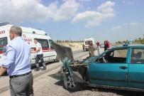 Tavşanlı'da Trafik Kazası Açıklaması 2 Yaralı