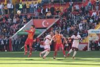 DENIZ YıLMAZ - 5 gollü maçta kazanan ev sahibi