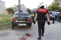 Adana'da Polis Motoruna Çaparak Kaçmaya Çalışan Kişi Vuruldu