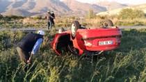 Erzincan'da Trafik Kazası Açıklaması 1'İ Çocuk 5 Yaralı
