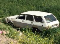 Kilis'te Otomobil Şarampole Uçtu Açıklaması 4 Yaralı