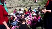 Mudurnu'da Öğrenciler Fidan Dikti