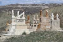 İSMAIL YıLDıRıM - Sivas'taki Piramit Taş Mezarlar Dikkat Çekiyor