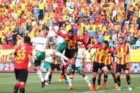 SABRİ SARIOĞLU - Spor Toto Süper Lig Açıklaması Göztepe Açıklaması 2 - Bursaspor Açıklaması 1 (Maç Sonucu)