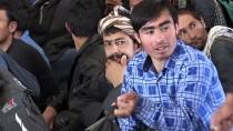Afgan Göçmenler Ülkelerine Gönderiliyor