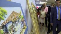 Antalyalı Küçük Ressam İlk Kişisel Sergisini Açtı