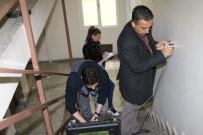 DEPREM BÖLGESİ - Bayraklı'da Binalara Dayanıklılık Testi