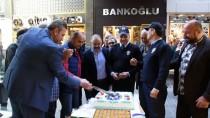 POLİS HAFTASI - Hırsızlık İhbarına Gelen Polislere Pasta Süprizi