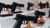 İMALATHANE - Küçükçekmece'de Silah İmalathanesine Çevrilen Eve Baskın