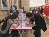 Öğrencilerden Kan Bağışına Büyük İlgi