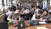 ENERJI BAKANı - Enerji Bakanı Albayrak Siemens Eğitim Merkezi'ni Ziyaret Etti