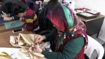 BEDENSEL ENGELLILER - Engelliler Koordinasyon Merkezinde Sosyal Yaşama Katılıyor