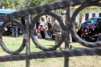 KAYAKÖY - Fethiye'de 111 Kaçak Göçmen Yakalandı