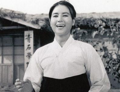 Güney Koreli Aktrist Choi öldü