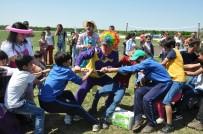 MANGAL KEYFİ - Hastane Çalışanları Piknik Şenliğinde Buluştu