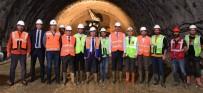 ZAFER ÖZ - Honaz Tüneli'nde Çalışmalar Devam Ediyor