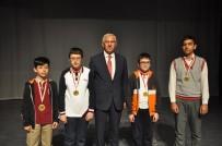 EROL TÜRKMEN - İl Milli Eğitim Müdürü Elmalı Matematik Yarışması Ödül Törenine Katıldı