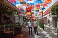 Manisa'da Şemsiyeli Sokak Yenilendi