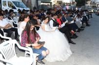 Önce Kitap Okudular Sonra Kendi Düğünlerine Gittiler