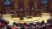 ERMENISTAN - Protestolara Rağmen Ermenistan'ın Başbakanı Sarkisyan Oldu