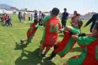 BAYRAK YARIŞI - Söke'de Çocuk Oyunları Şenliği