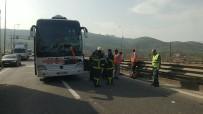 YOLCU OTOBÜSÜ - TEM'de Yolcu Otobüsü Tıra Çarptı Açıklaması 2 Yaralı