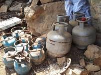 Tunceli'de Biri 9 Odalı 6 Sığınak Ve Mağara İmha Edildi