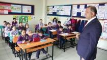 'Yılın Öğretmeni' İyiliksever Öğrenciler Yetiştiriyor