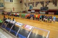 Alanya'da Birimler Arası Futsal Turnuvası Başladı