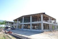 Başkan Özcan, Galericiler Sitesi İnşaatını İnceledi