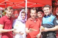 DEMİR PARMAKLIK - Cizre Polisi Dolandırıcılığa Karşı Broşür Dağıttı
