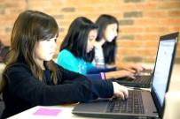 AİLE BAKANLIĞI - Çocukları Dijital Tehlikelerden Korumak İçin...