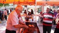 ÇETIN KıLıNÇ - Emekli Olduğu Okulun Kermesine Köfte Yaparak Destek Verdi