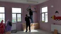 OVAKıŞLA - İstanbul'dan Bitlis'e Gelip Okulun Duvarlarını Süslediler