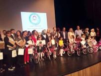 MÜZİK ODASI - Kitap Okuma Yarışmasında Dereceye Giren Öğrenciler Ödüllendirildi